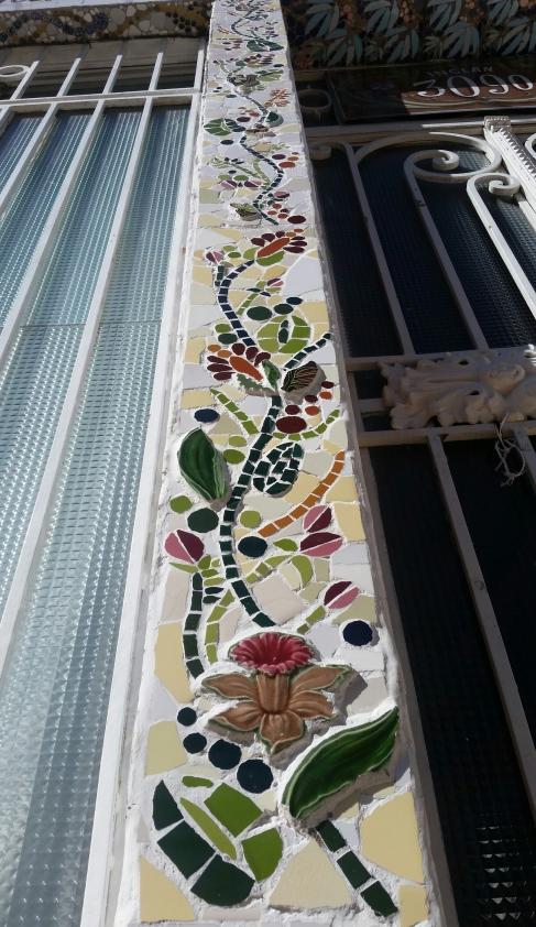 Guarda en Mosaico fachada